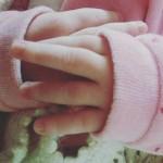 Le mani di mia figlia Vittoria